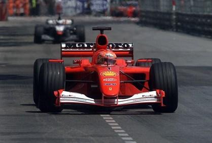 Ferrari que levou Schumacher ao quarto título vendido por 6 milhões