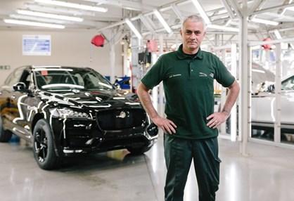 José Mourinho foi funcionário da Jaguar por um dia…