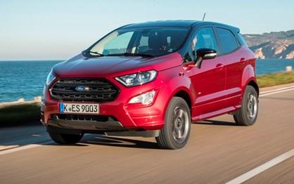 Ao volante do muito renovado Ford Ecosport que chega em Fevereiro