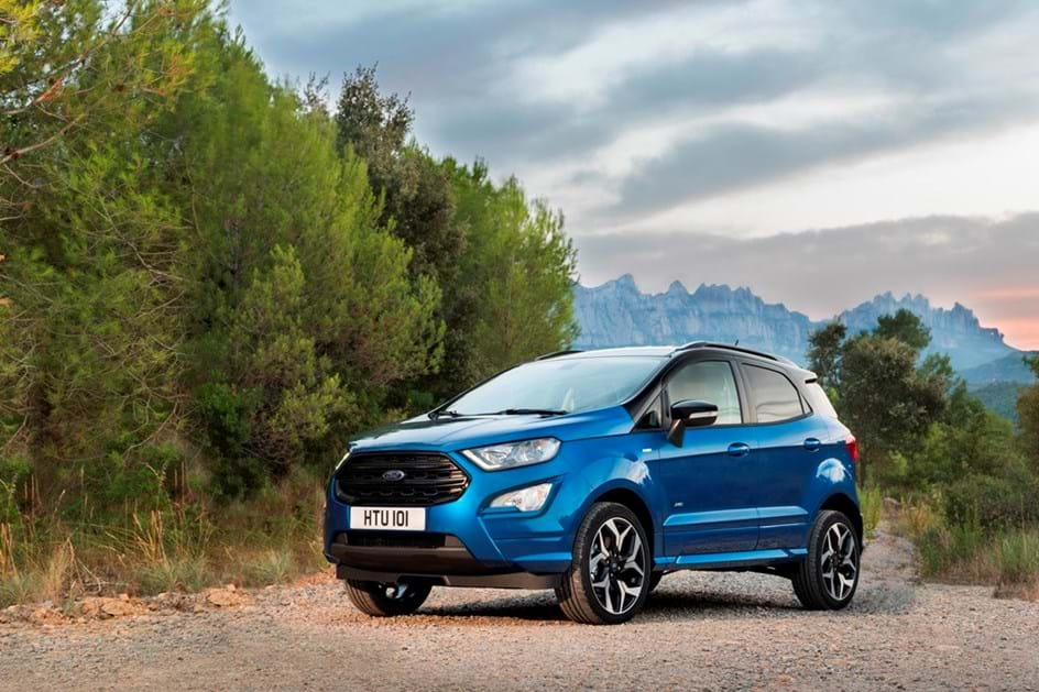 ford ecosport quatro rodas html with Ao Volante Do Muito Renovado Ford Ecosport Que Chega Em Fevereiro on 2018 Hyundai Creta also 24515 besides Ford Ka Problemas No Motor Freios E further Tucson 2014  parativos as well Ecosport Freestyle 2015 Powershift 20.