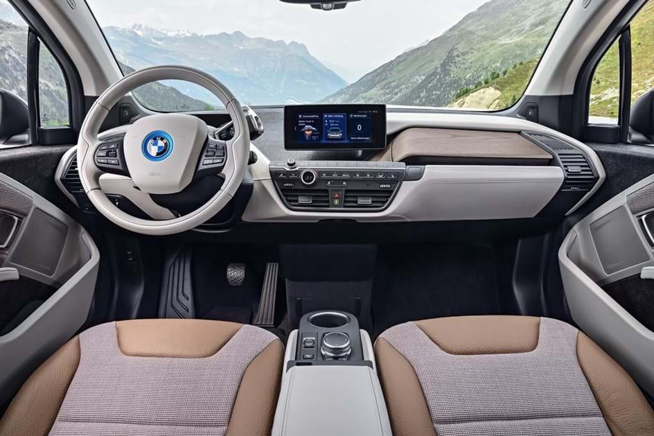 BMW i3 renova-se e ganha versão