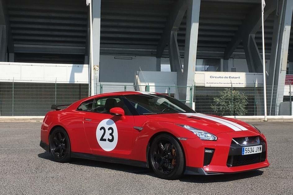 ... Nissan GT R Track Edition By NISMO: Um Godzilla De 570 Cv Em Ensaio ...