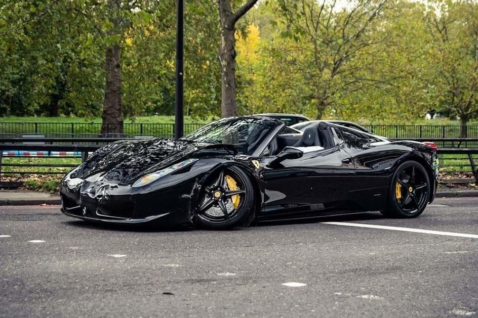 Dois Ferrari E Um Bmw M6 Em Choque No Centro De Londres Actualidade Aquela Máquina